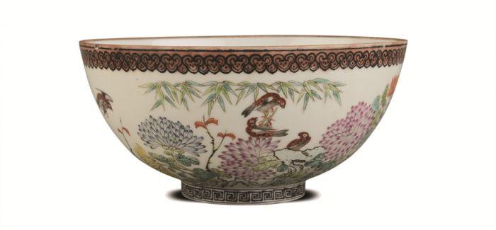 民国白釉珐琅彩花鸟纹脱胎瓷碗是难得精品