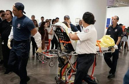 华裔女迈阿密艺博会寻仇杀人 观众以为是行为艺术