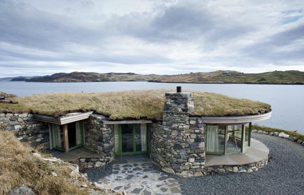 掛在懸崖上的房子你敢住嗎?
