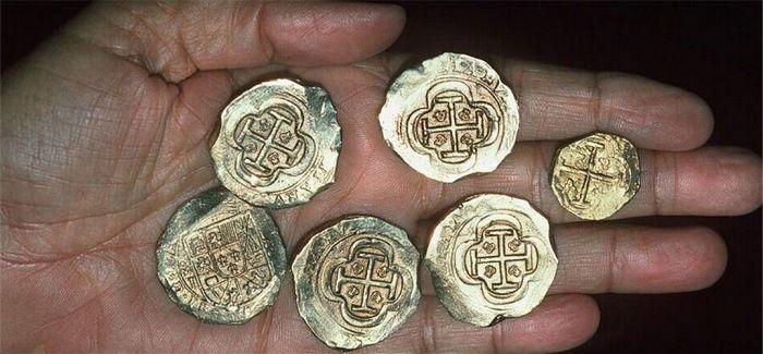 西班牙1708年沉船现宝藏 或为水下遗产最大的发现