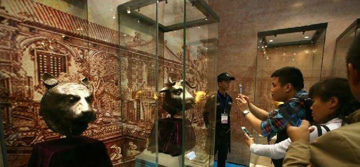 广州文博会开幕 圆明园兽首现身羊城