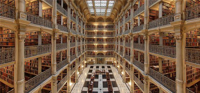 天堂应该是图书馆的模样