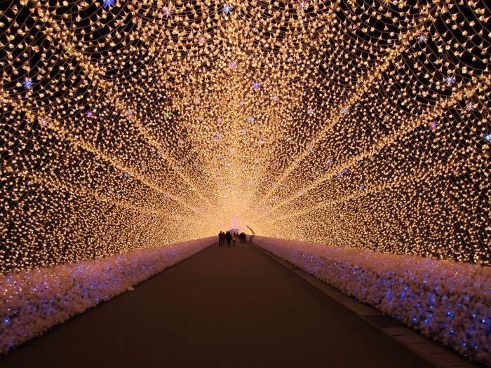 这座日本小镇有条此生必去的梦幻长廊