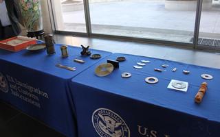 美国政府向中国政府移交流失文物和化石