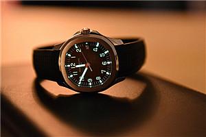 富豪们的腕上宝物:李嘉诚26元手表戴20年