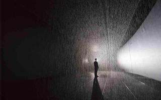 【2015十大话题性展览】上海余耀德美术馆:雨屋