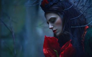 Agnieszka Lorek:黑童话里的魔幻森女