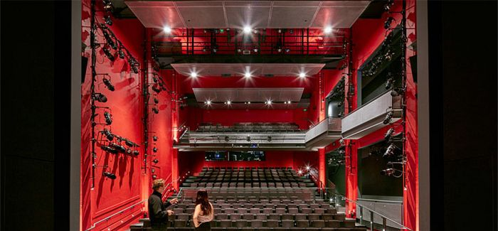 SOM做惯摩天大楼的公司 改造了一个电影院