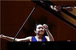 捷克乐团将首登大会堂 钢琴精灵袁芳领衔迎新年