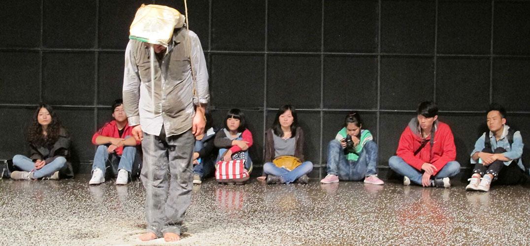 中英文化交流年闭幕艺术庆典艺术家:奚建军