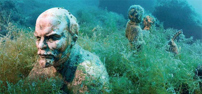 浪漫的艺术冒险!入馆前请先潜水 海底雕像博物馆