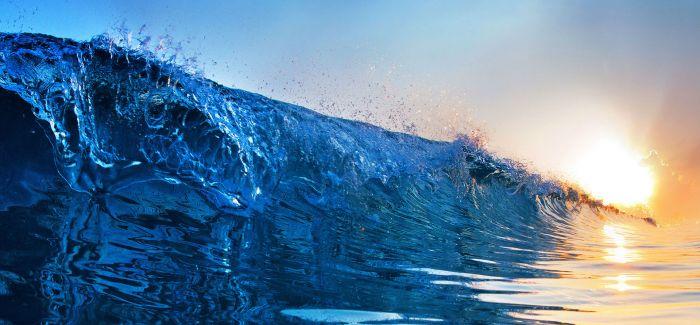 征服大海的男人 探索神秘梦幻海底世界