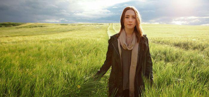 西尔莎·罗南:她的蓝色瞳孔中早就埋下了影后的种子