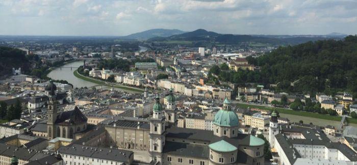 再现历史的萨尔茨堡全景画