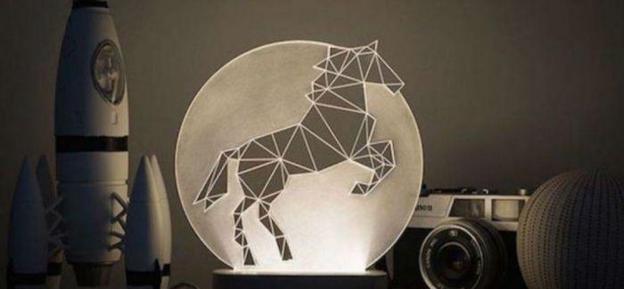 在夜晚用线条拼出童话:线段台灯照亮你的卧房