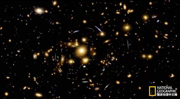 一周最佳太空图集锦:恒星诞生、透镜效应
