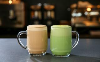 星巴克原生态焙烤咖啡体验馆推出了两款全新拿铁 开始限量售卖