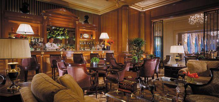 巴黎妓院被改造成豪华酒店 客房挂裸女油画