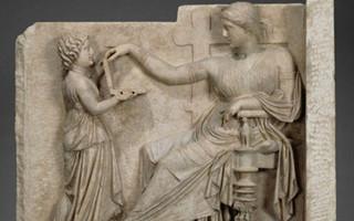古希腊雕像中惊现笔记本电脑:这是要逆天