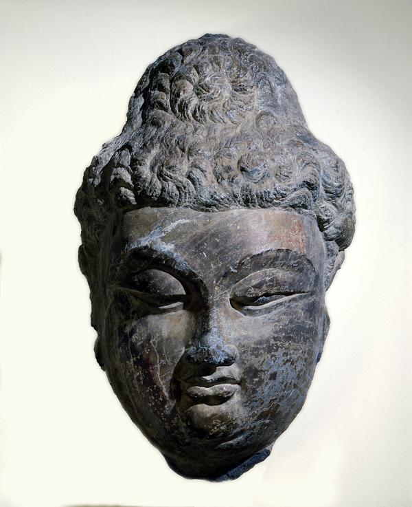 佛头像,龙门石窟,唐代,约公元700-750年,石灰岩-从亚博的石刻佛