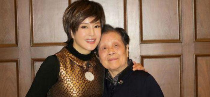 谢晋遗孀辞世 谢晋电影艺术基金会延续公益事业