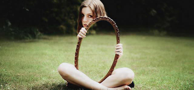 镜子在婚纱摄影中的妙用