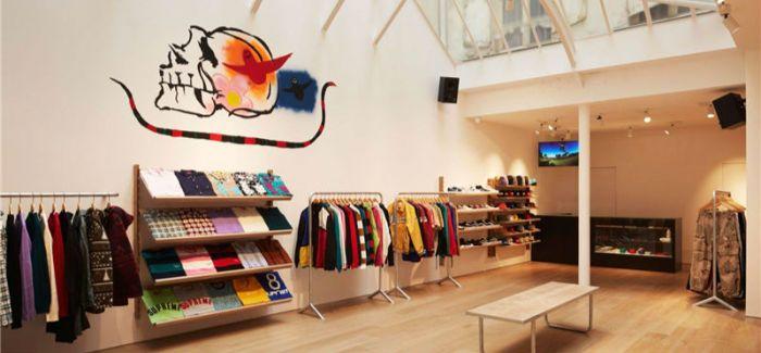 一家分店开张   Supreme在这里就变成了一场潮流圈的盛会