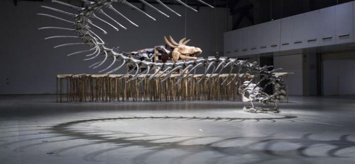 侯瀚如 蛇杖Ⅲ像是大百科全书介入黄永砅对世界问题的研究