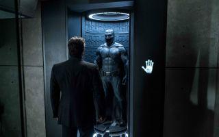 《蝙蝠侠大战超人》蝙蝠侠凭什么战超人?