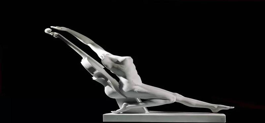 """肖戈:永动的灵魂——为凤凰卫视20周年台庆巨献""""安娜•高美雕塑艺术展""""而作"""