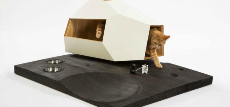 """作为一名铲屎官,如何提高猫咪主子的生活环境是非常重要的。在洛杉矶,有将近300万只流浪猫无家可归。为了提高人们对这些流浪猫的关注,同时为慈善机构FixNation筹集资金,通过动物绝育减少流浪猫的数量,12支建筑设计团队参加了FixNation最近发起的""""给小动物建收容所""""活动,设计了一系列有趣的猫窝。  by Abramson Teiger Architects Abramson Teiger Architects设计的""""猫碗""""猫屋是最受粉丝们喜爱的一款猫"""