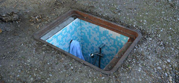 废弃的下水道里竟然有神秘小房间?! 米兰街头的另类风景