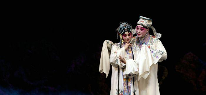 上海昆剧团团长:演戏是拼命的 当团长也是拼命的