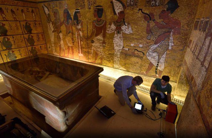 埃及考古学家 图坦卡蒙陵墓或藏有密室