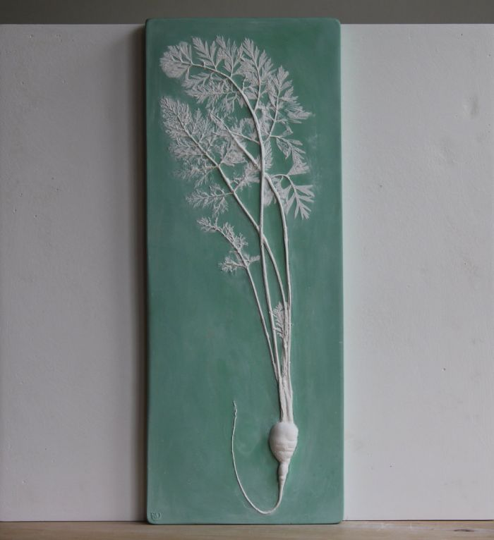 Long Carrot in Emerald Green Wedgwood