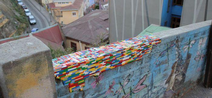 德国艺术家用乐高积木修补被毁坏的历史建筑