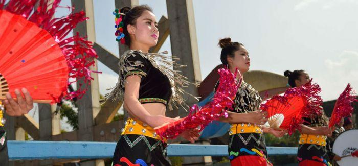 云南德宏傣族景颇族自治州成就展在京举办