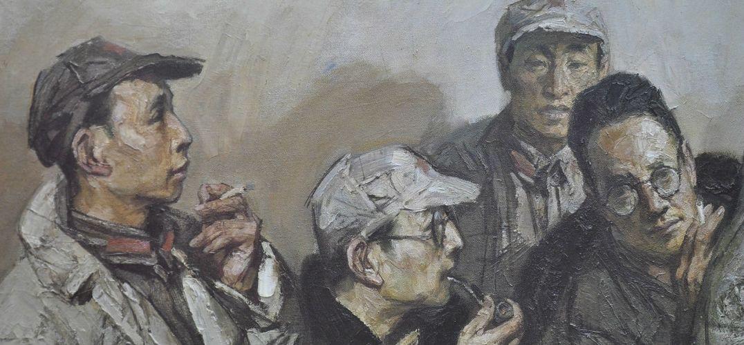"""沈尧伊油画作品《遵义会议》。 本报记者 邓伟摄 """"长征虽举世闻名,但在图像方面几乎是空白。据我所知,在长征留存的摄影作品中,中央红军、红四方面军一幅未见,红二方面军有8幅,红二十五军有7幅,均为当地照相馆所摄。我想靠绘画来弥补这个极大的遗憾。""""73岁的画家沈尧伊说,三十多年里他只干了这一件事情。昨天,""""纪念中国工农红军长征胜利80周年——沈尧伊作品展十年汇选(2005——2015)""""在中国美术馆举行,近百件精"""