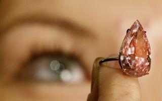 世界最大梨型粉钻拍卖 3150万美元价格创纪录
