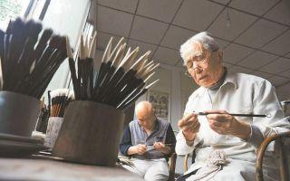 """""""永青阁""""毛笔第五代传人81岁仍制笔 9岁起学"""
