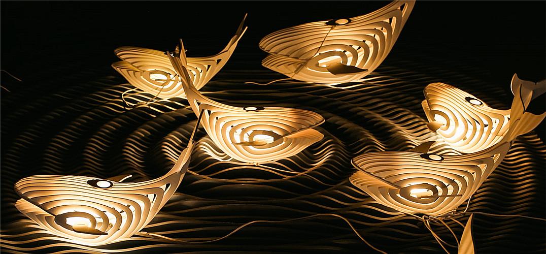 这哪是灯?简直艺术品 一条优雅的鲸鱼照明灯