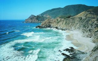 在最美的沙滩邂逅最美的盛夏