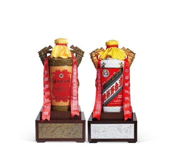 LOT2154 2015年产为百年庆典特制茅台酒 成交价:41.4万元