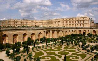 法国凡尔赛宫收购数件假古董家具 约2000万元人民币