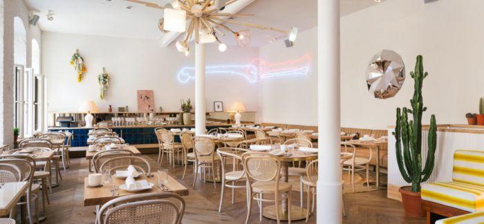这个柏林餐厅的设计灵感来自一本童话书