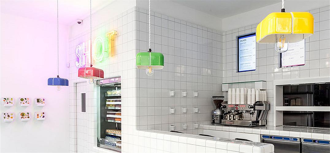 伦敦SHOT概念餐厅精美的瓷砖饰面