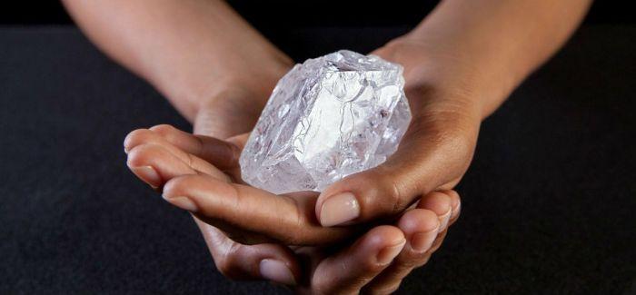 重1109克拉叫价8600万美元 世界第二大钻石流拍