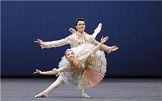 上海国际芭蕾舞比赛时隔9年恢复举办