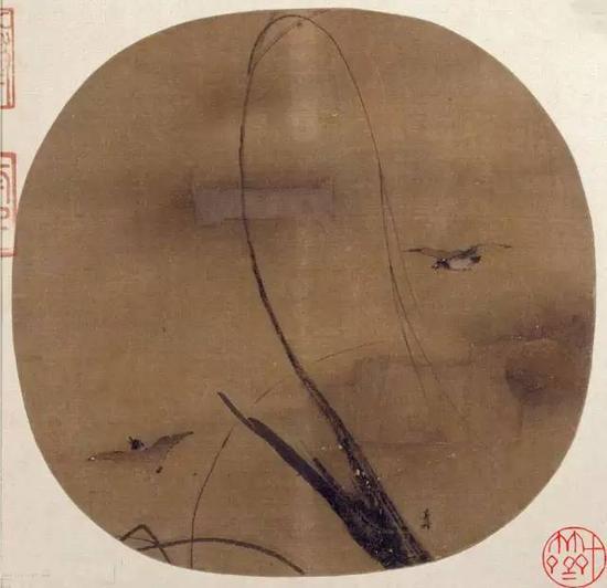 《秋柳双鸦图页》 宋,梁楷,纨扇页,绢本设色,纵24.7cm,横25.7cm