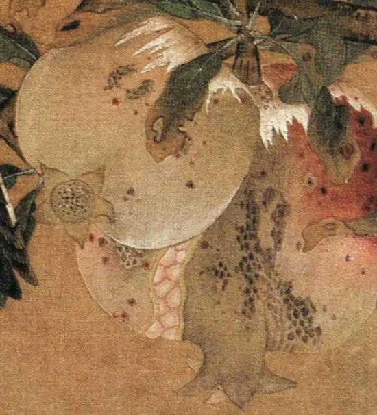 《榴枝黄鸟图页》 宋,绢本设色,24.6c×25.4cm